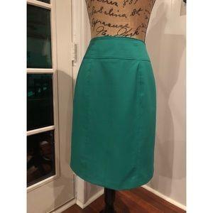 Pencil Skirt (Green) #shesdarlin